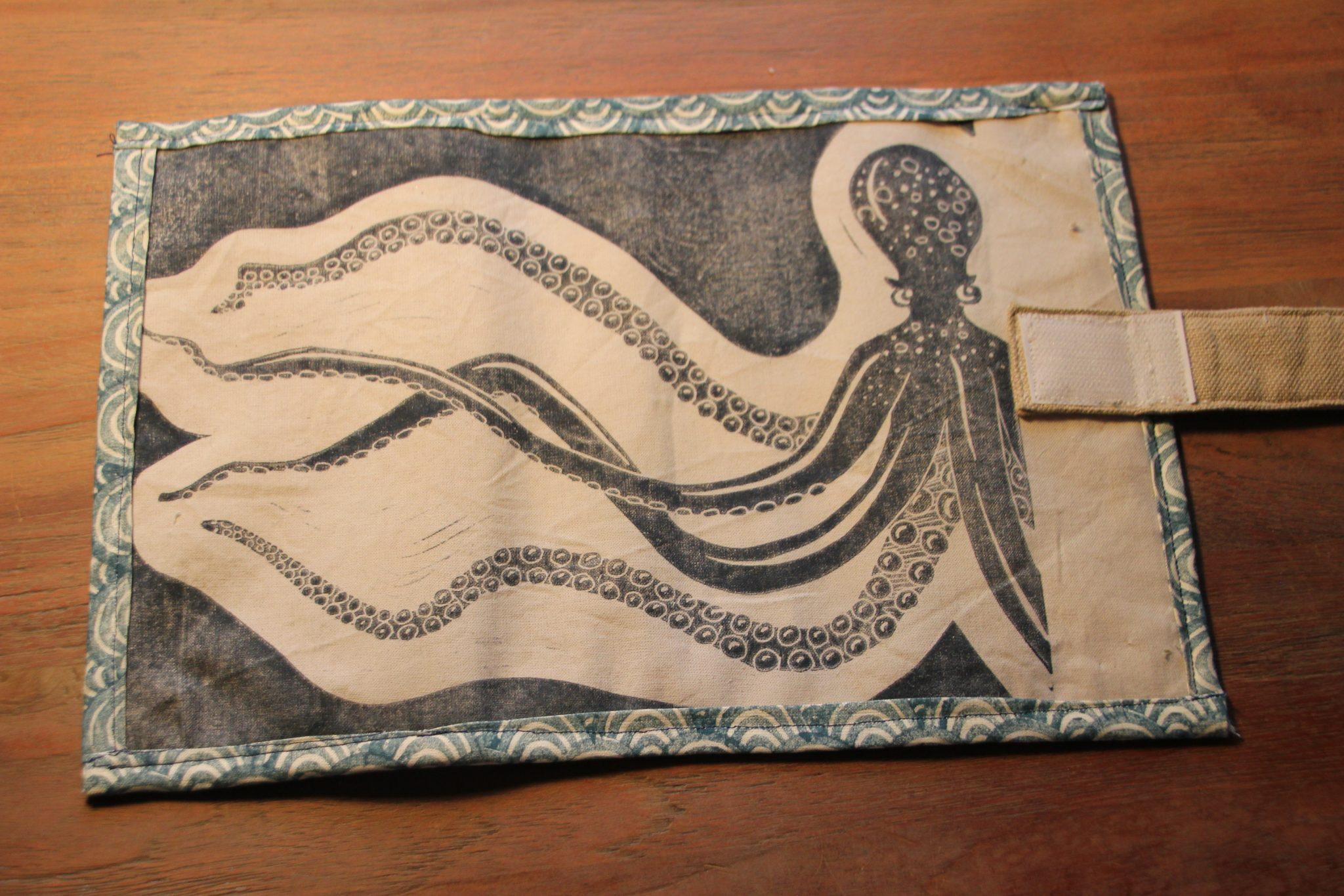 trousse à crayons | LinoLino | Linogravure | Créations artisanales