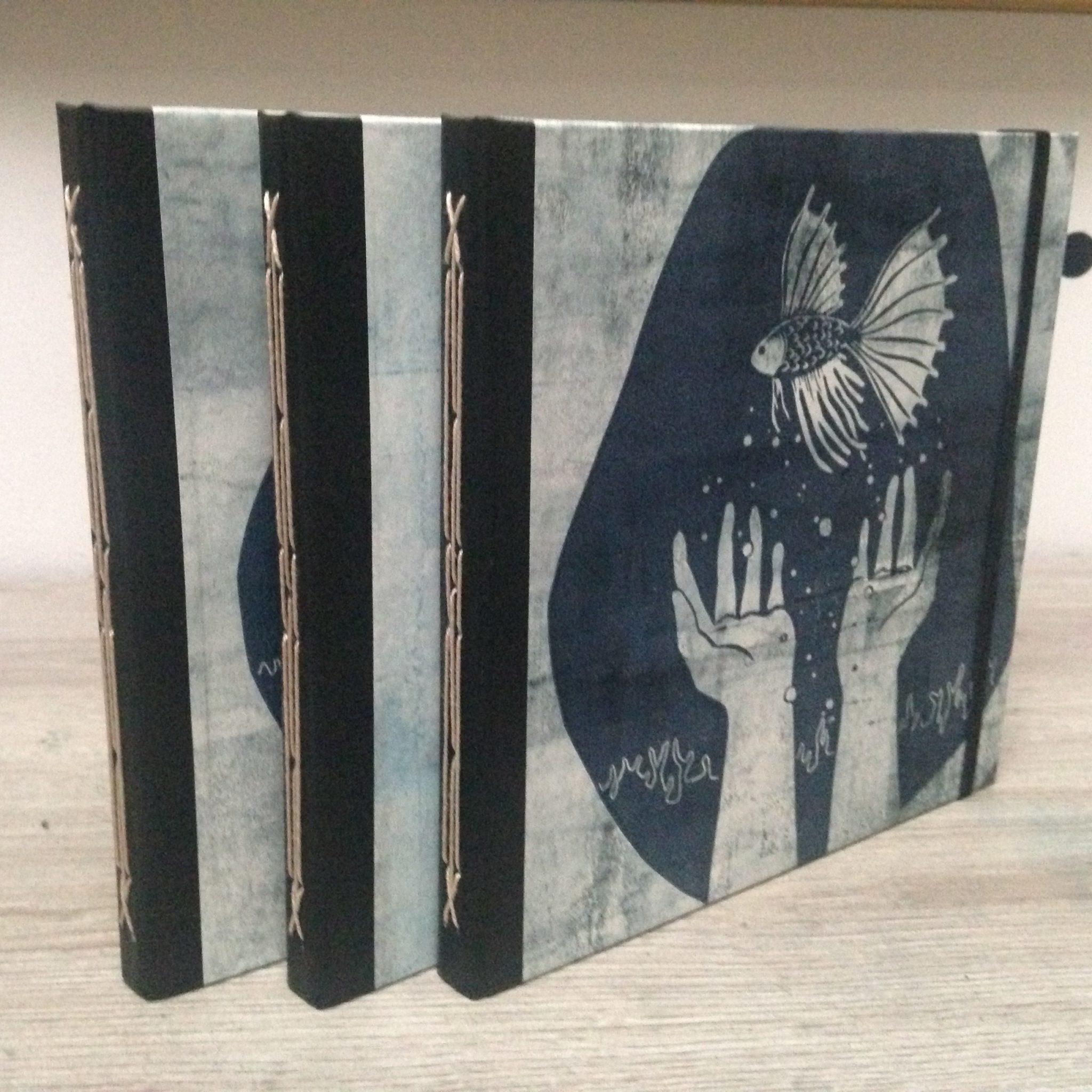 LinoLino | Linogravure et créations à partir d'impressions artisanales | Chambéry, France | Impression originale illustration carnets précieux mains reliure