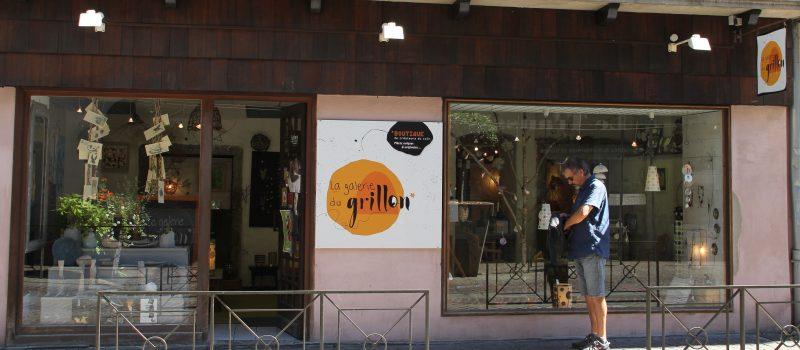 LinoLino | Linogravure et créations artisanales | installation à la boutique de créateurs La Galerie du Grillon | Chambéry