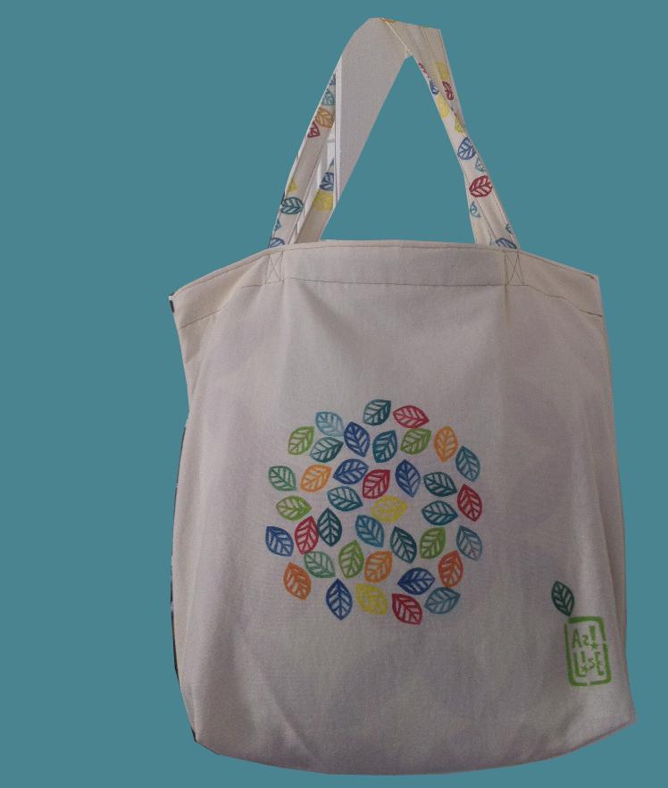 LinoLino, linogravure et créations à partir d'impressions artisanales - Exemple de tote bag personnalisé à faire lors de l'atelier à la Forge des Halles